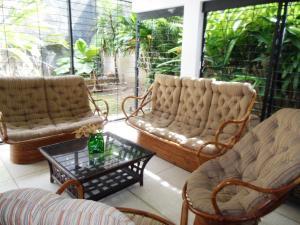 Casa En Venta En Caracas - El Marques Código FLEX: 19-4666 No.16