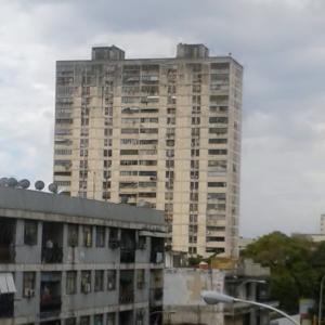 En Venta En Maracay - Zona Centro Código FLEX: 19-4671 No.0