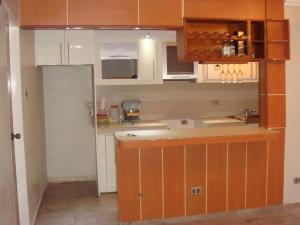 En Venta En Maracay - Zona Centro Código FLEX: 19-4671 No.2
