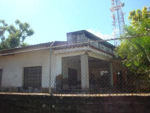 Casa En Venta En Higuerote - Higuerote Código FLEX: 19-4676 No.0