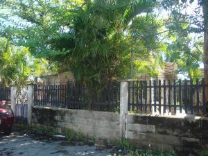 Casa En Venta En Higuerote - Higuerote Código FLEX: 19-4676 No.11
