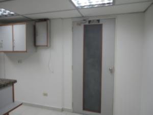 En Alquiler En Caracas - Los Ruices Código FLEX: 19-4784 No.5