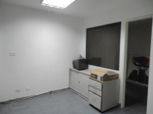 En Alquiler En Caracas - Los Ruices Código FLEX: 19-4784 No.7