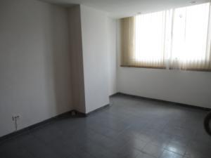 En Alquiler En Caracas - Los Ruices Código FLEX: 19-4784 No.14