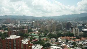 Local Comercial En Venta En Caracas - Los Dos Caminos Código FLEX: 19-4790 No.3
