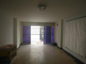 Oficina En Alquiler En Caracas - La Candelaria Código FLEX: 19-5095 No.1