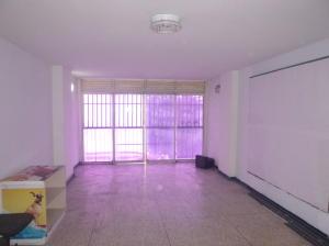 Oficina En Alquiler En Caracas - La Candelaria Código FLEX: 19-5095 No.2
