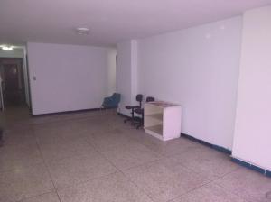 Oficina En Alquiler En Caracas - La Candelaria Código FLEX: 19-5095 No.3