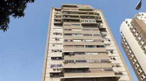 Apartamento En Venta En Maracay - Base Aragua Código FLEX: 19-5379 No.1