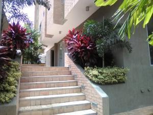 Apartamento En Venta En Maracay - La Arboleda Código FLEX: 19-5368 No.2