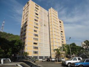 Apartamento En Venta En Maracay - Zona Centro Código FLEX: 19-5469 No.0