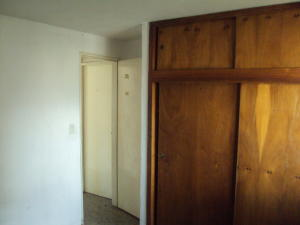 Apartamento En Venta En Maracay - Zona Centro Código FLEX: 19-5469 No.7