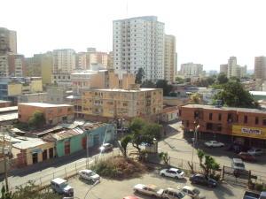Apartamento En Venta En Maracay - Zona Centro Código FLEX: 19-5469 No.11