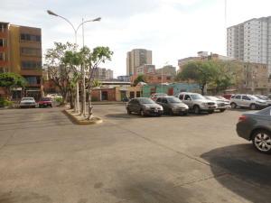 Apartamento En Venta En Maracay - Zona Centro Código FLEX: 19-5469 No.16