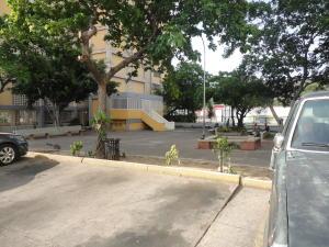 Apartamento En Venta En Maracay - Zona Centro Código FLEX: 19-5469 No.14