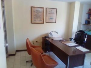 Local Comercial En Alquiler En Maracay - Calicanto Código FLEX: 19-5509 No.1