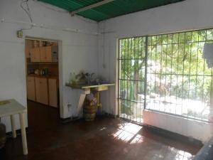 Casa En Venta En Maracay - El Castano (Zona Privada) Código FLEX: 19-5666 No.8