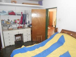 Casa En Venta En Maracay - El Castano (Zona Privada) Código FLEX: 19-5666 No.9