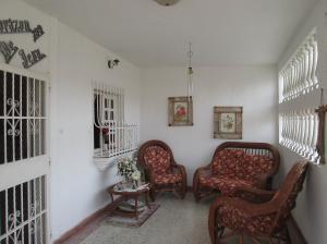 Casa En Venta En Maracay - Villas de Aragua Código FLEX: 19-5678 No.4