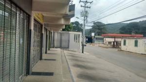 Local Comercial En Alquiler En Turmero - Zona Centro Código FLEX: 19-5702 No.1
