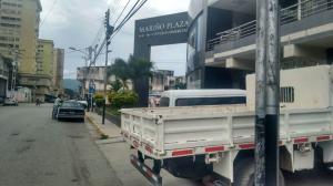 Local Comercial En Alquiler En Turmero - Zona Centro Código FLEX: 19-5702 No.2