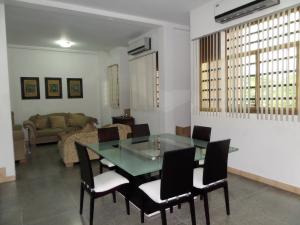 Negocio o Empresa En Venta En Maracay - Santa Rosa Código FLEX: 19-5706 No.12