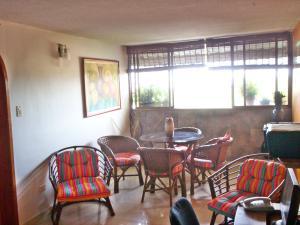 Apartamento En Venta En Maracay - San Jacinto Código FLEX: 19-5731 No.2