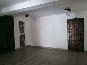 Apartamento En Venta En Maracay - San Isidro Código FLEX: 19-5751 No.12
