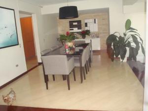 Apartamento En Venta En Caracas - Colinas de Valle Arriba Código FLEX: 19-5834 No.3