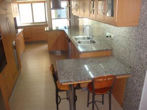 Apartamento En Venta En Caracas - Colinas de Valle Arriba Código FLEX: 19-5834 No.4