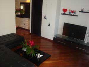 Apartamento En Venta En Caracas - Colinas de Valle Arriba Código FLEX: 19-5834 No.6