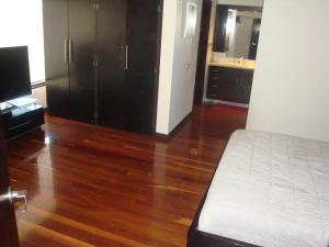 Apartamento En Venta En Caracas - Colinas de Valle Arriba Código FLEX: 19-5834 No.7