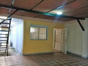 Casa En Venta En Maracay - El Limon Código FLEX: 19-5854 No.9
