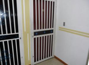 En Venta En Maracay - Zona Centro Código FLEX: 19-5878 No.4