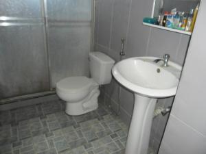 En Venta En Maracay - Zona Centro Código FLEX: 19-5878 No.10