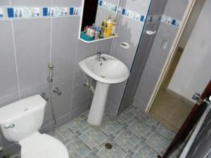 En Venta En Maracay - Zona Centro Código FLEX: 19-5878 No.11