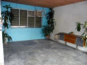 Casa En Venta En Maracay - San Ignacio Código FLEX: 19-5893 No.2