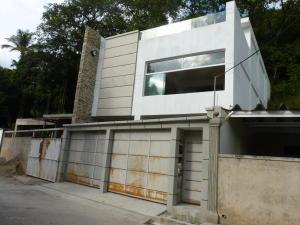 Casa En Venta En Maracay - Cantarana Código FLEX: 19-5940 No.1