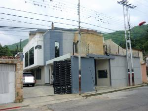 Townhouse En Venta En Maracay - El Limon Código FLEX: 19-5963 No.1