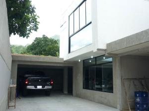 Townhouse En Venta En Maracay - El Limon Código FLEX: 19-5963 No.2