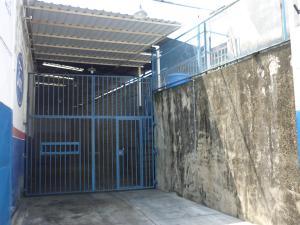 En Alquiler En Maracay - Pinonal Código FLEX: 19-6009 No.4