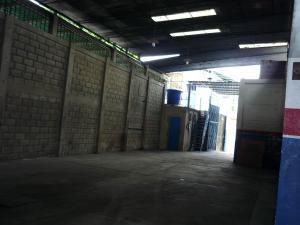En Alquiler En Maracay - Pinonal Código FLEX: 19-6009 No.12