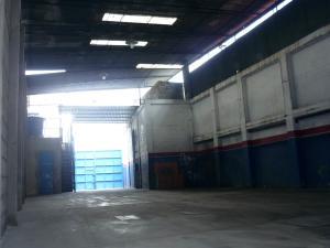 En Alquiler En Maracay - Pinonal Código FLEX: 19-6009 No.16