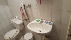 Apartamento En Venta En Caracas - Los Palos Grandes Código FLEX: 19-6039 No.12