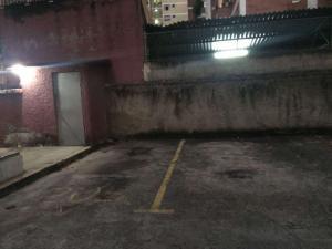 Apartamento En Venta En Caracas - Los Palos Grandes Código FLEX: 19-6039 No.14