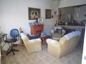 Casa En Venta En Maracay - La Morita Código FLEX: 19-6074 No.3