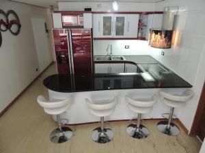 Apartamento En Venta En Caracas - San Bernardino Código FLEX: 19-6088 No.2
