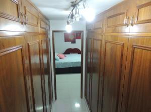 Apartamento En Venta En Caracas - San Bernardino Código FLEX: 19-6088 No.3