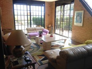 Casa En Venta En Caracas - Oripoto Código FLEX: 19-121 No.5