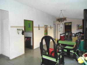 En Venta En Maracay - Palma Real Código FLEX: 19-6188 No.2